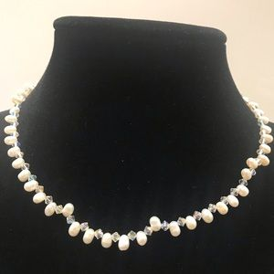 Genuine Cultured Pearls H16